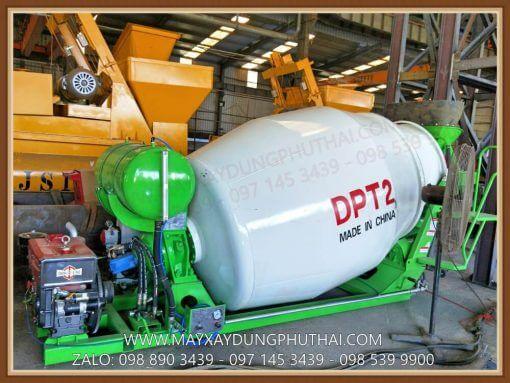 Bồn trộn bê tông Diesel 2m3