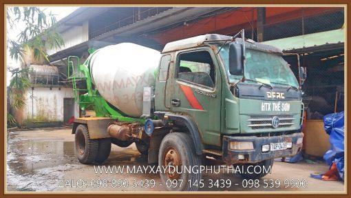 Bồn trộn thủy lực 4 khối gắn xe tải